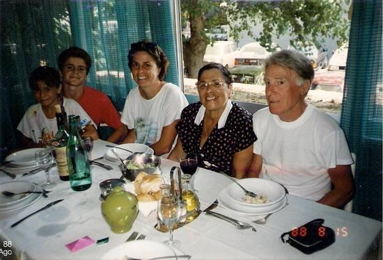 gruppo famiglia al mare