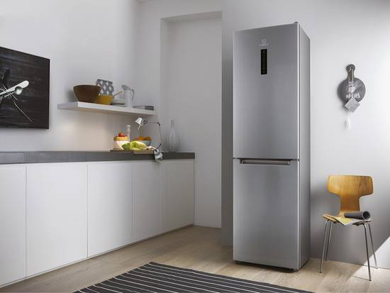 1indesit-K3G4291-frigorifero