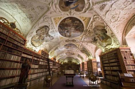 biblioteca-dello-strahov-monas