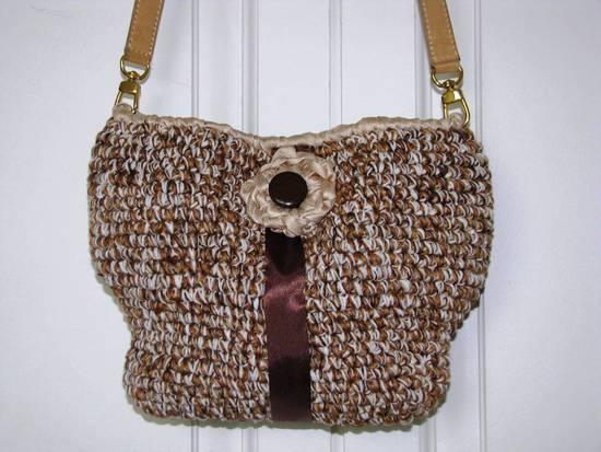 borsa marrone bianca e beige