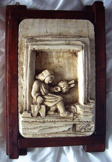 Vecchi mestieri - Vecchia che fila - Bassorilievo in gesso - by Manuel