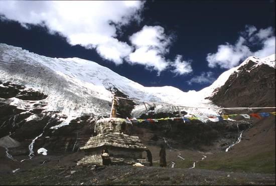 ghiacciaio del Nojin Kangstan