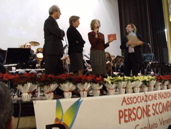 Elisa Pozza Tasca con i genitori di Milena Bianchi