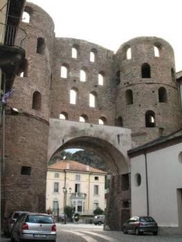 Condividi la foto porta romana susa dall 39 album torino di - Porta romana viaggi ...