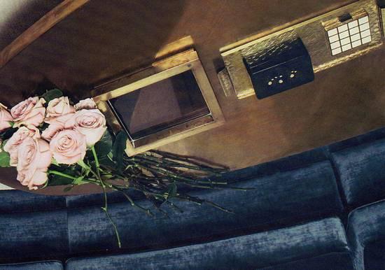 rose sul tavolino