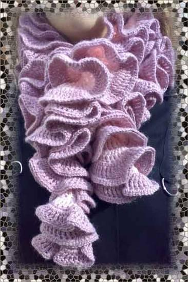 ecco alcuni esempi di sciarpe con il punto chiamato, anche truciolo