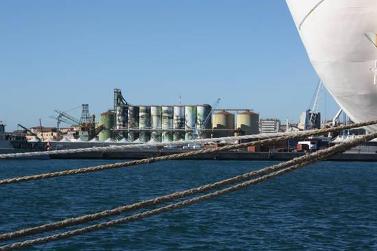 i silos di Vhils photo by Mrjnks