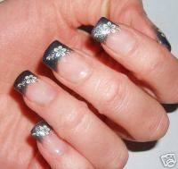 Unghie french nera cura della pelle - Unghie argento specchio ...