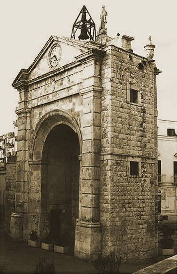 Foto Bitonto Antica Porta Baresana Dall 39 Album Foto Profilo