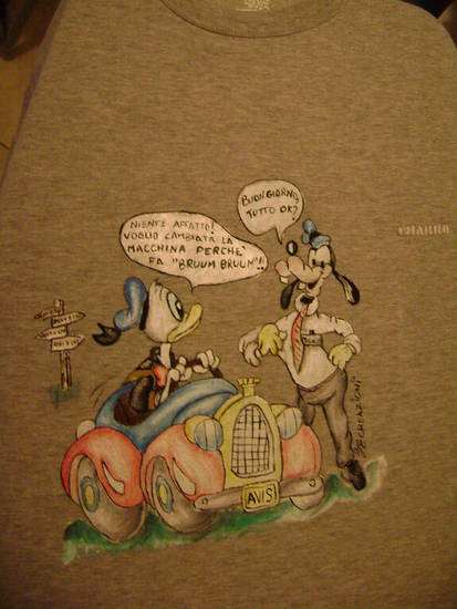 maglietta avis personalizzata