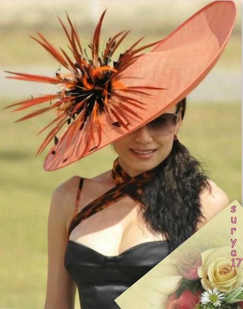 Condividi la foto donna con cappello dallalbum Foto profilo di surya.17 ...
