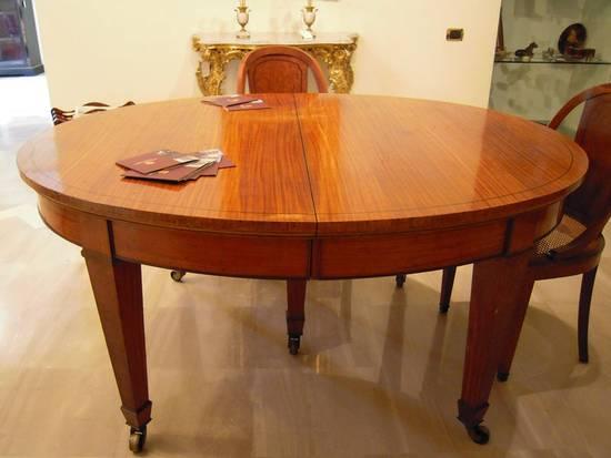Foto tavolo satinwood francia dall 39 album tavoli antichi di for Tavoli antichi prezzi